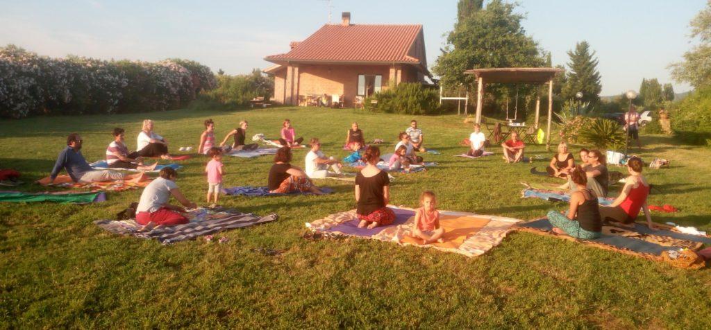 Corso di Yoga Vada - Attività 2020 - Giornata internazionale dello yoga